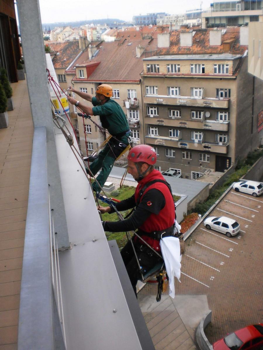 Čištění fasád, mytí oken, Praha 11, Újezd